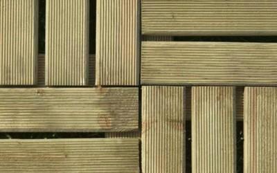 Colocar suelos de madera en el exterior